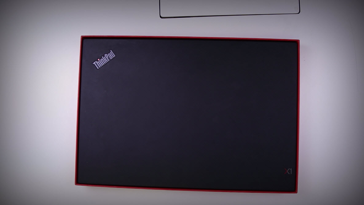 Unboxing Lenovo X1 Extreme 3