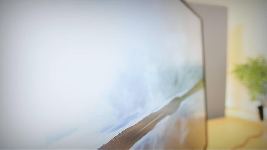 Unboxing HP Z43 42,5-tommers 4K UHD-skjerm bilde 6