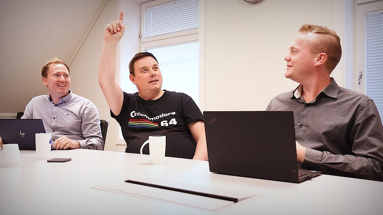 Hvordan bruke REKK OPP HÅNDEN funksjonen i Microsoft Teams 0