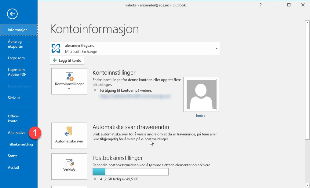 Automatisk tømme slettede elementer i Outlook