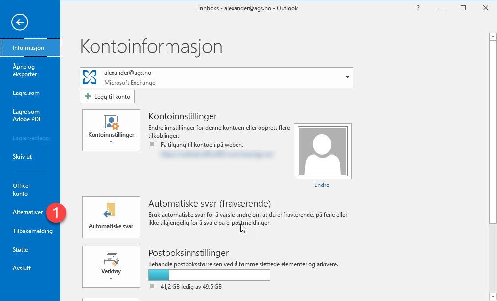Automatisk tømme slettede elementer i Outlook