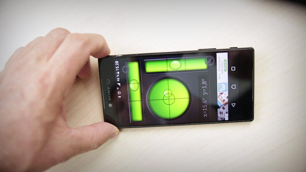 telefonen som kompass og vater