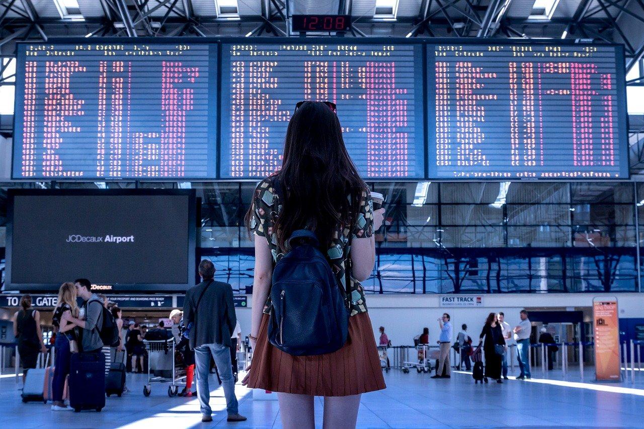 Hvordan registrere reiseregning, utlegg, ferie og fravær på mobilen